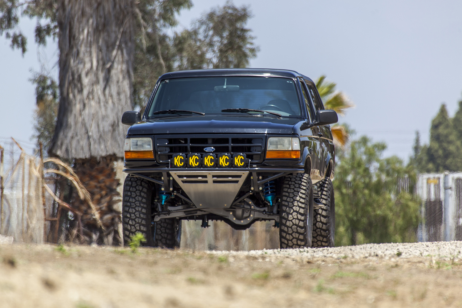 Desolate Motorsports Bronco 80 96 Stage 3 Front Long Travel Kit 1980 Ford Axle Stock Width